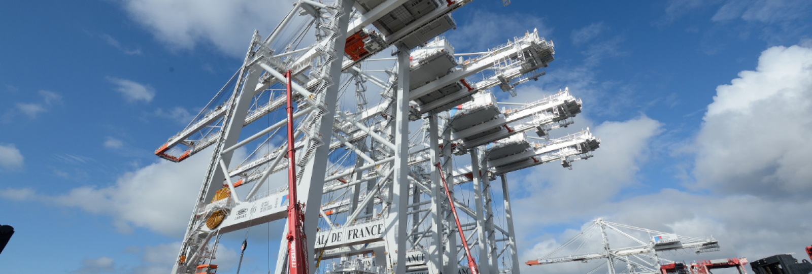 Spectacular unloading for the four latest-generation gantries